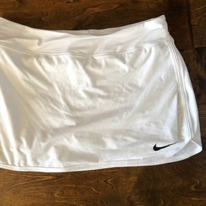 Nike Skirts - Nike dri-fit tennis skirt
